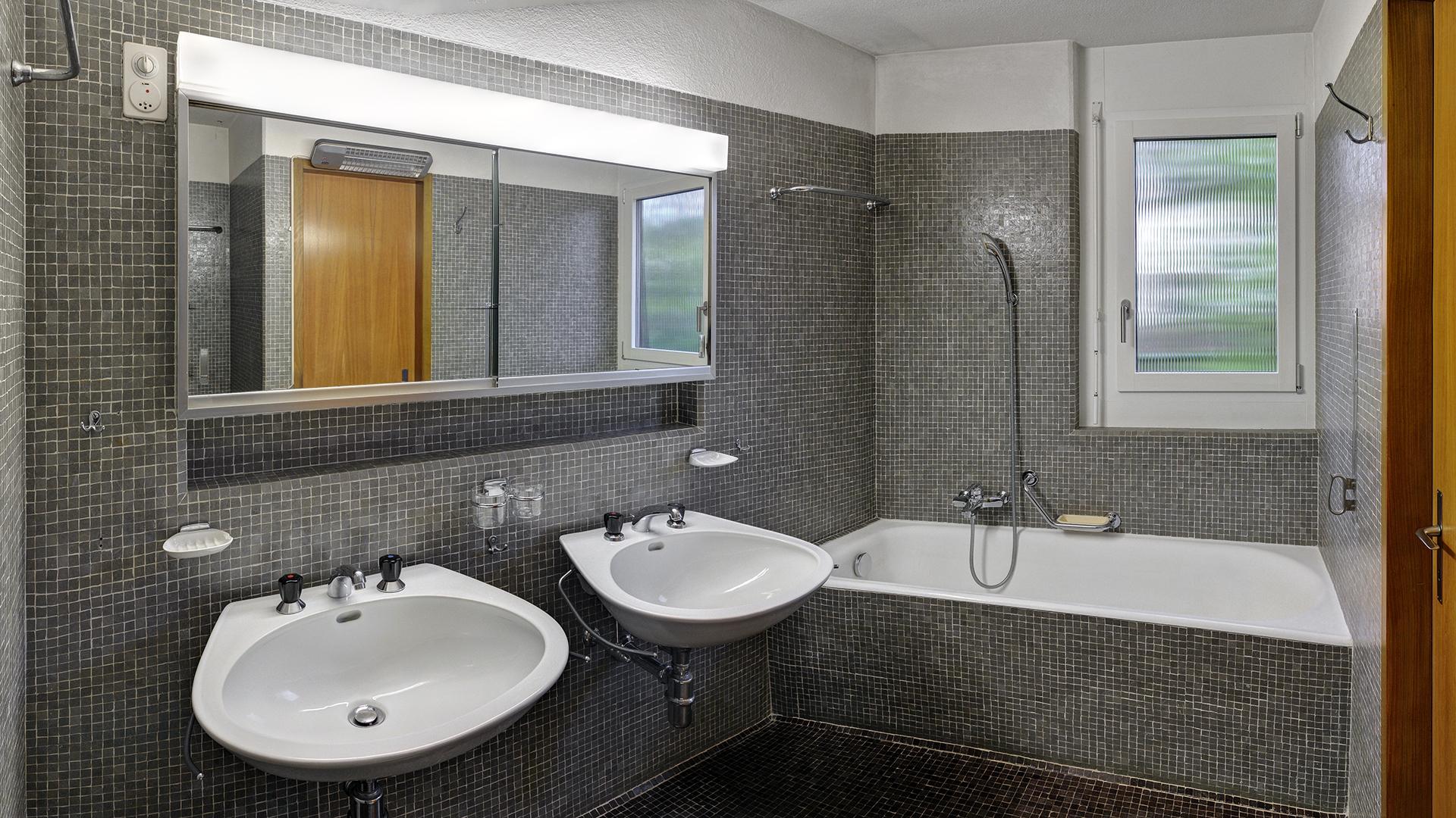 Offerte Und Angebot Zum Kauf Von 11 Zimmer Einfamilienhaus, Badezimmer Ideen